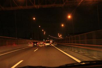夜の中央自動車道.jpg