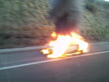 車両火災.jpg